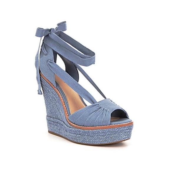 d011e81d2007 Gianni Bini Shoes - ✨ NWOT Gianni Bini Canvas Espadrille Wedge ✨